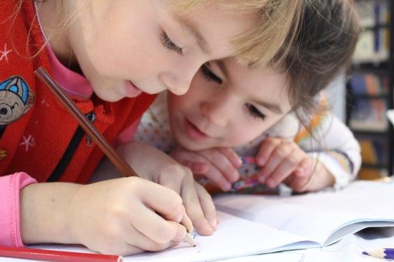 Kids teaching kids